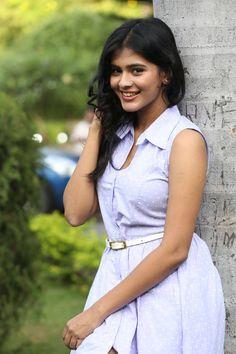 Hebah Patel wants to Date her Boyfriend?? - CineFocuz