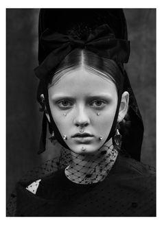 Le%CC%81aNielsen-Vogue.it-15.jpg (1076×1500)