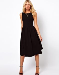 Buy ASOS Midi Fit and Flare Dress with Scoop Back at ASOS. Get the latest trends with ASOS now. Midi Sundress, Dress Skirt, Black Sundress, Dress Shoes, Pretty Dresses, Dresses For Work, Formal Dresses, Look Fashion, Fashion Outfits