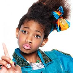"""Willow Smith """"I Am Me"""" - Video  http://tienesqueescucharesto.blogspot.com/2012/07/willow-smith-i-am-me-music-video.html"""