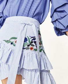 Image 4 of STRIPED EMBROIDERED SKIRT from Zara