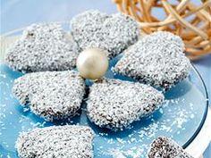 Vyzkoušejte 50 tipů a receptů na cukroví - iDNES.cz Eggs, Breakfast, Cake, Christmas, Food, Morning Coffee, Xmas, Food Cakes, Eten