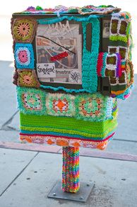 I can't explain it. I'm a FREAK for yarn bombing. And I don't knit.