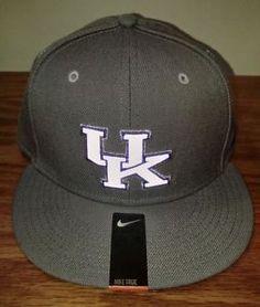 NEW Nike True Kentucky Wildcats Elite Snapback Hat Cap Adult One Size Basketball