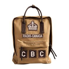 Celebrate Canada with Red Canoe's vintage-inspired rugged rucksack! Made from heavy cotton twill with appliqué patches, this bag doubles as a backpack for work, school, play or your old school recording equipment. Damp wipe only. Backpack Travel Bag, Travel Bags, Swag Ideas, Canadian Girls, Men's Backpacks, Heritage Brands, Canoe, My Bags, Purses
