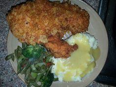 Ramen fried chicken w/mashed potatoes n gravy