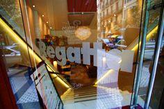 Despues de una jornada de #shopping en #Donostia #SanSebastian nada mejor que el #RegattaDonostia en c/Hondarribi 20 para comer unos #pintxos tomar algo o cenar...
