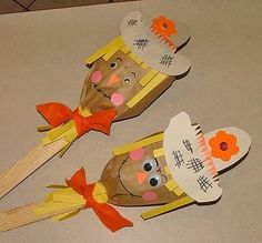 scarecrow puppets --- perhaps I could make an oversized version for the preschool age using a brown paper bag for the head and larger pieces (pre-cut) for their small hands ...