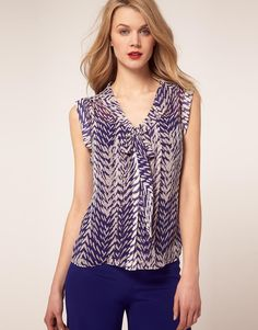 Coast Animal bow top.