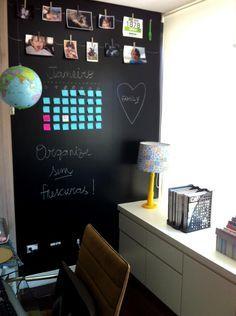 Decore paredes e portas de maneira criativa: imite um quadro-negro feito com tinta ou papel adesivo - ZH