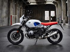 BMW Motorrad have again expanded their R nineT series with the addition of the BMW R nineT Urban G& a bike that blends stylish lines, an enduro vibe, and the classic look of the The Urban GS is a tribute to the first R 80 G& from the Scrambler Motorcycle, Cool Motorcycles, Motocross, Motos Bmw, Nine T, Motorcycle Manufacturers, 2017 Bmw, R80, Moto Guzzi