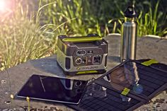 Amazon.com: Goal Zero 22004 Yeti 150 Solar Generator: Automotive