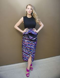 Blake Lively (April 2015) = Hit! Fashionista Blake looks as sophisticated and sassy as always, showing off her fantastic post-baby body in this bright purple print.