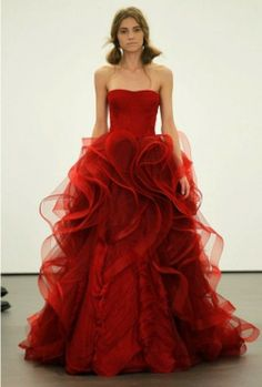 Add belt from ceremony dress to this red wedding #christmas red #wedding #dress