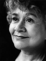 Joan Plowright...Grandma Mechanic