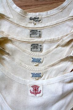 vintage rib tank tops, vintage labels--ⓀⒾⓃⒼⓈⓉⓊⒹⒾⓄⓌⓄⓇⓀⓈ▻ Men's Undershirts ~ so rare to find these in such good condition Vintage Tags, Vintage Labels, Vintage Denim, Vintage Bandana, Mode Masculine, 1920 Men, Evolution Of Fashion, Clothing Labels, Couture