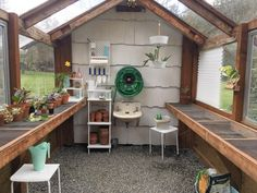 Putting a forgotten greenhouse back together : gardening - Modern Greenhouse Shelves, Greenhouse Interiors, Backyard Greenhouse, Greenhouse Plans, Greenhouse Tables, Greenhouse Growing, Small Greenhouse, Wooden Greenhouses, Cold Frame