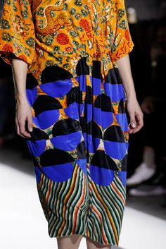 Dries Van Noten Fall 2017 Ready-to-Wear Fashion Show Details