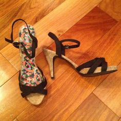 Fiomi 9 1/2 Heels