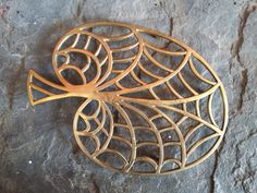 Your place to buy and sell all things handmade Copper, Brass, Leaf Design, Casserole Dishes, Leaves, Etsy, Vintage, One Pot Dinners, Vintage Comics