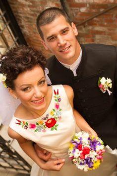 Kalocsa embroidered wedding dress