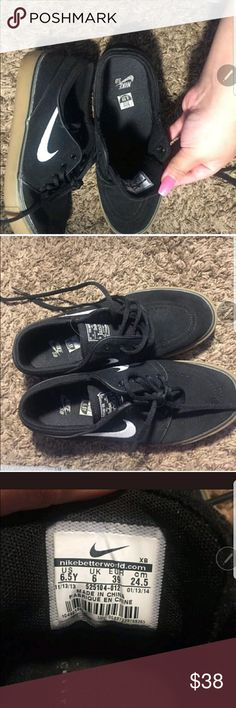 Nike Janoski Shoes Nike Janoski Shoes. Only worn a few times, in excellent condition. Youth size 6.5 but may fit some adult size feet. I wear 7 1/2 - 8 in women's shoes for reference. Nike Shoes Sneakers