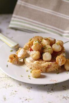 Préparation : 30 min Cuisson : 20 min Pour 4 personnes : Le risotto : -200 g de riz Arborio -1 cuillère à soupe d'huile d'olive -1 oignon -12 tranches fines de chorizo -10 cl de vin blanc -50 cl de bouillon de légumes -1 cuillère à soupe de mascarpone...
