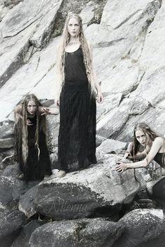 ~ Likvikjo ~ by ~Nilenna on deviantART