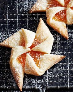 Jam Tarts from Finland - Sweet Paul Finnish Recipes, Croatian Recipes, Jam Cookies, Yummy Cookies, Cookie Recipes, Dessert Recipes, Desserts, Yummy Recipes, Finland Food