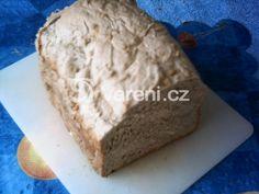 Opravdu vláčný chléb z domácí pekárny. Vareni.cz - recepty, tipy a články o vaření. Graham, Banana Bread, Dairy, Cheese, Food, Breads, Bread Rolls, Essen, Bread