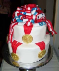 If I ever have an Olympics viewing party...this will be the cake that I'll make :)