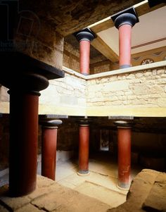 Greece, Crete, Large staircase and courtyard of eastern wing of Knossos Palace, Minoan Civilization, 16th century BC