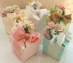 Basteln aus Papier wertvolle Geschenk Tüten mit edlen schleifen