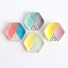 hexagon color blocked ring dishes / quiet clementine