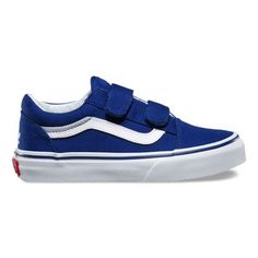 The Major League Baseball Old Skool V, part of the Vans x MLB collection, features the iconic Vans sidestripe skate shoe with a Los Angeles Dodgers colorway The MLB Old Skool V also includes sturdy canvas and suede uppers, double hook-and-loop closures, padded collars for support and flexibility, and signature rubber waffle outsoles.