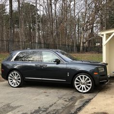 "#RollsRoyce #Cullinan on 26"" #Forgiato @wheels 