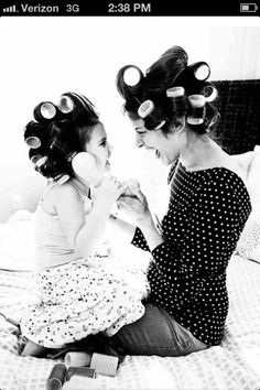I love this mother daughter photo! I want to recreate it with Amara