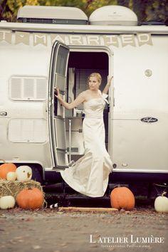 Moments captured by Engagement Shoots, Beautiful Bride, Weddingideas, Fall Wedding, Toronto, Wedding Planning, Photoshoot, In This Moment, Autumn