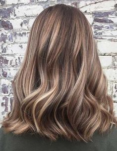 27 Pretty Lob Haircut Ideas You Can Copy 2017 . 27 Pretty Lob Haircut Ideas That You Should Copy 2017 Blonde Balayage Highlights, Balayage Hair, Highlights For Short Hair, Bronde Lob, Blonde Balyage, Bronde Hair, Haircolor, Brown Ombre Hair, Brown Hair Colors