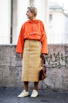 Teilnehmer an der Paris Fashion Week Spring 2019 – Street Fashion College Fashion, Fashion Week, Spring Fashion, Paris Fashion, Street Fashion, Tokyo Fashion, College Outfits, School Outfits, Winter Fashion