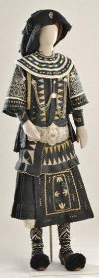 A traditional festive costume of the Sarakatsani / Karakatsani.  Northern Greece, late 19th century.