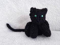 Loom Knit Mini Cat