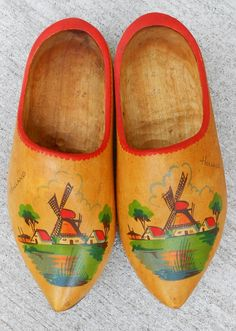 Dutch Wooden Shoes  Vintage  Holland by WidhalmsCollectibles, SOLD