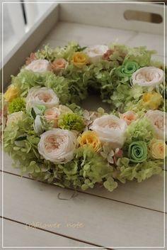 【フラワーリース】ギャラリー80周年の祝花|Flower note の 花日記
