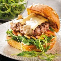 Burger au Brie de Meau®, sauce grenade du Camion qui fume : 65 recettes de…