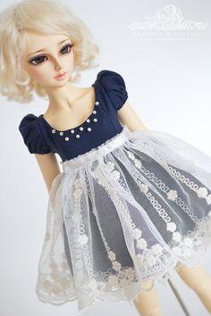 Midnight Walk lolita dress for Mini Super Dollfie Volks by kalcia
