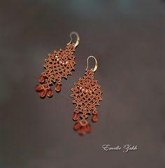 Boucles d'oreilles dentelle dentelle chandelier. LIGHT cuivre boucles d'oreilles frivolite. Boucles d'oreilles perles. Longues boucles…