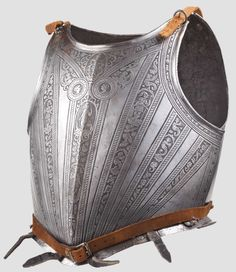 An etched cuirass with the Medici coat of arms, Pisa, circa 1590 - Lot detail - Hermann Historica oHG