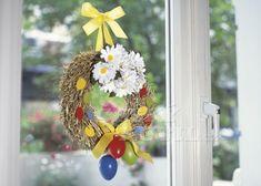 Pro skutečné milovníky květin není doma nikdy dost květináčů, aby do nich umístili všechny své nové přírůstky.   Prima nápady Ladder Decor, Table Decorations, Home Decor, Wood, Decoration Home, Room Decor, Home Interior Design, Dinner Table Decorations, Home Decoration