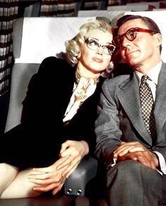 Marilyn Monroe and David Wayne in How to Marry a Millionaire (1953).